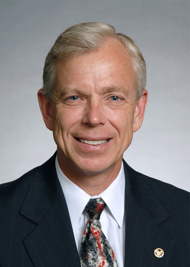 Lowell McAdam, Verizon Communications