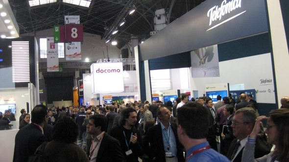And the Crowds Descend on MWC